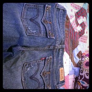 Levi's vintage boot 👢 cut jeans
